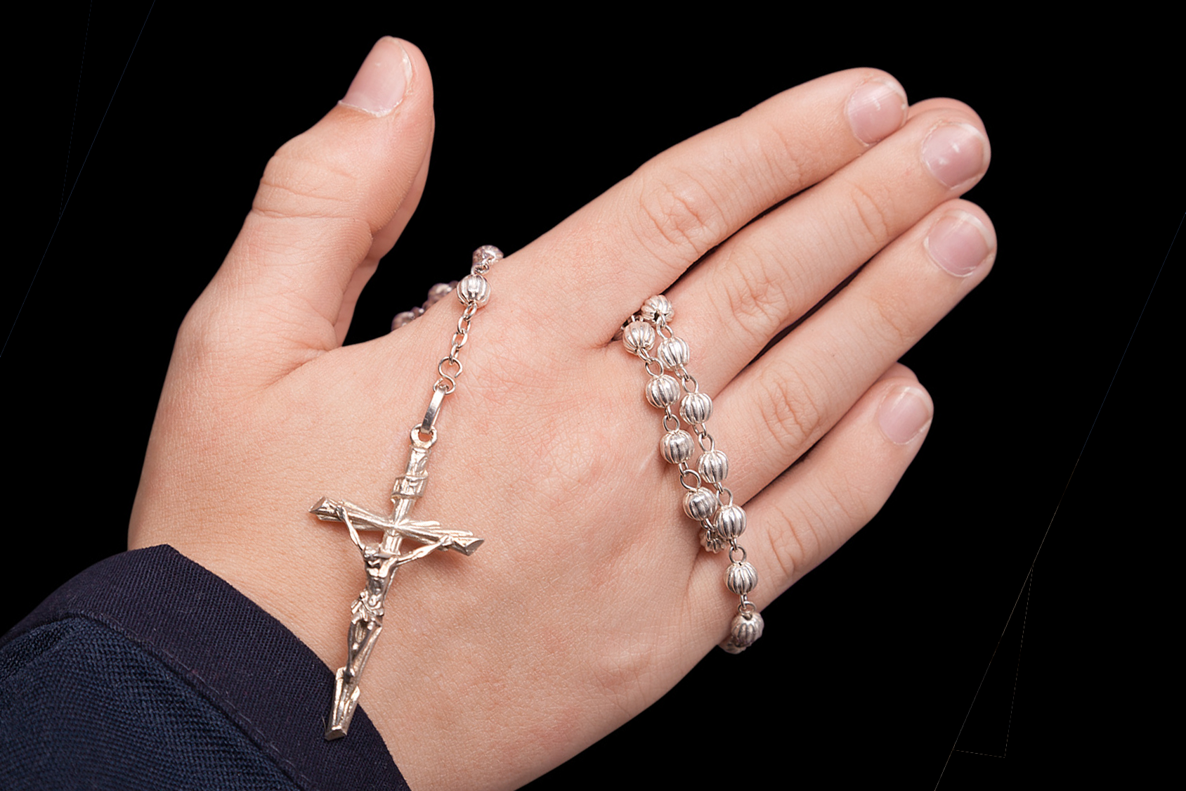 how to carry a rosary